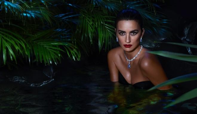 Пенелопа Крус в роли амазонки поучаствовала в рекламной компании Atelier Swarovski