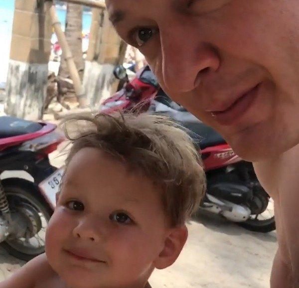 Марат Башаров продолжает отрицать развод с женой