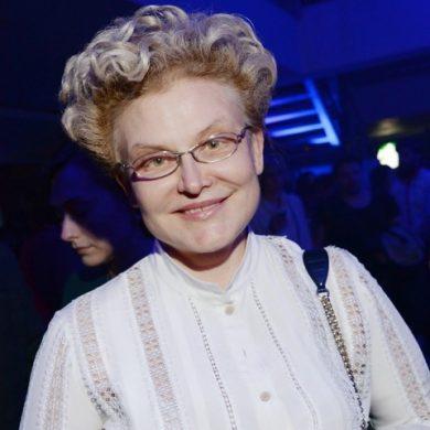 Сколько на самом деле зарабывает Елена Малышева