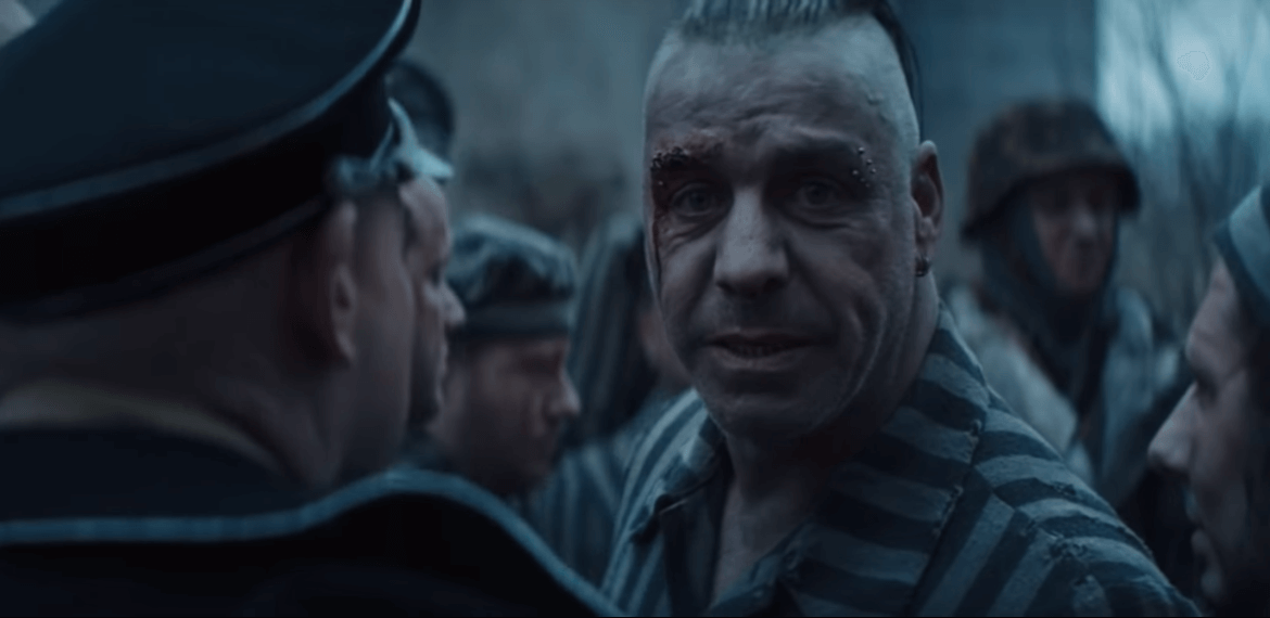 Скандал после выхода нового клипа  Rammstein