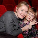 Виктория Толстоганова хочет запретить мужу продолжать карьеру артиста
