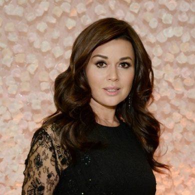 Анастасия Заворотнюк вновь стала мамой