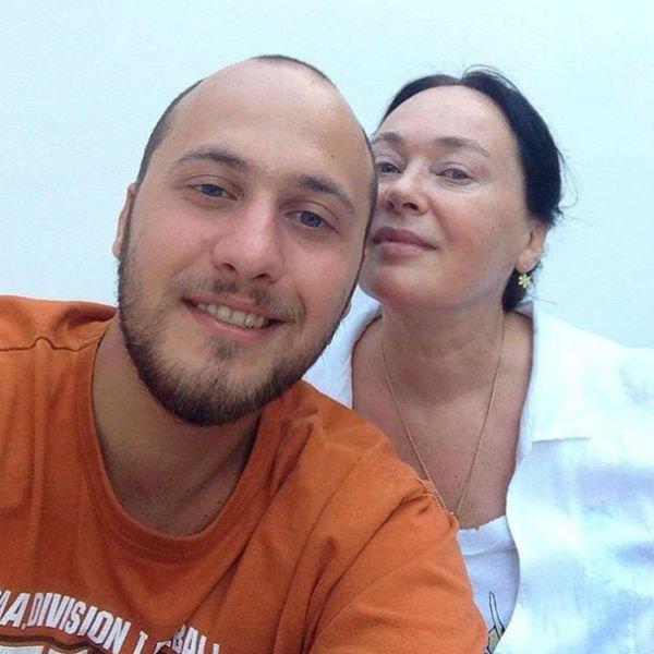 Молодая Гузеева прелестна - старое фото актрисы ко дню рождения сына