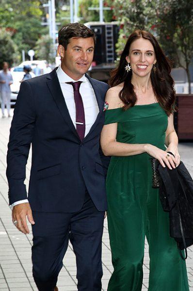 Состоялась помолвка премьер-министра Новой Зеландии с телеведущим