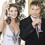 Анна Седокова предостерегла девушек выходить замуж за мужчин старше себя