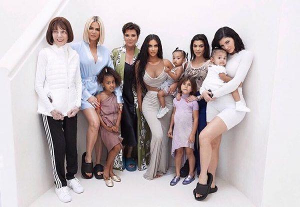 Ким Кардашьян необычно празднует рождение сына
