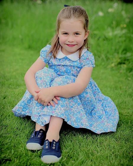 Кейт Мидлтон - прирожденный фотограф: Новые снимки Шарлотты