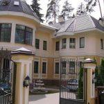 Никита Михалков построил имение за $15 миллионов