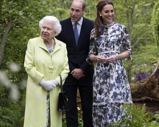 Королева Елизавета пришла взглянуть на творение Кэтрин