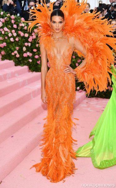 Met Gala 2019 - Самые яркие образы. Леди Гага оказалась многослойной матрешкой