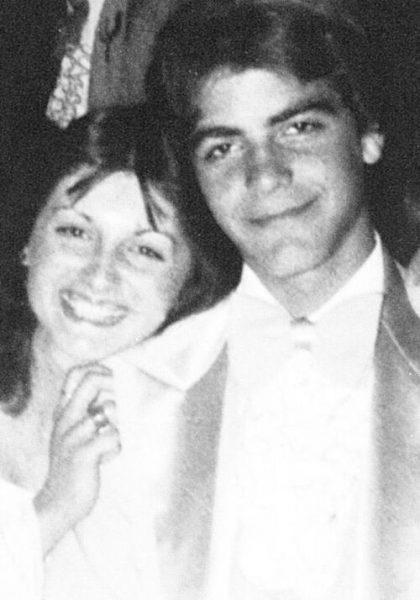 Выпускной вечер звезд - какими были наши любимцы 30 лет назад?