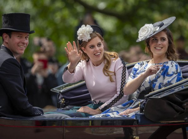 Неформатные внучки королевы Елизаветы - Беатрис и Евгения