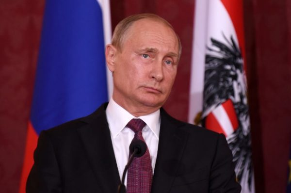 "Молодец, Путин: ""Геи пусть живут, как хотят, но эти вещи не для нас"""