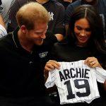 Меган и Гарри устроили сюрприз поклонникам, неожиданно появившись на лондонском стадионе