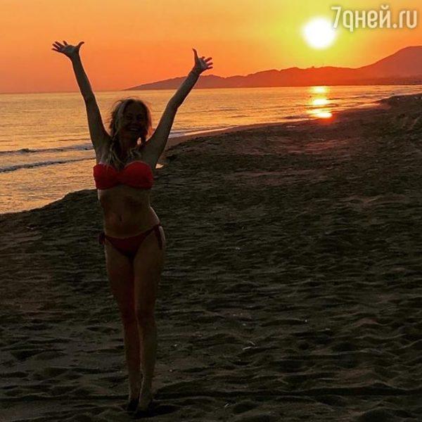 Как приятно видеть Елену Корикову счастливой!