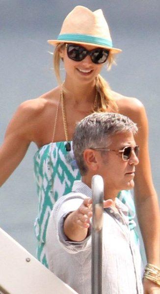 Амаль возмущена тем, что Клуни скрывал внебрачную дочь
