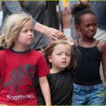 Няня детей Джоли рассказала, как себя ведут отпрыски Джоли-Питт