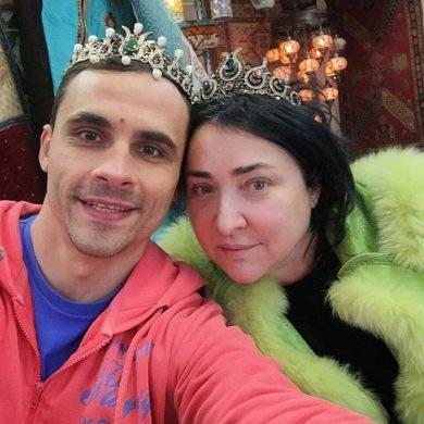 """Лолита Милявская: """"Разводимся. Горжусь мужем, что не стал терпеть нелюбимую жену"""""""
