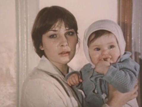 Почему Варя Синичкина расплакалась, увидев младенца? А Говорухин злился