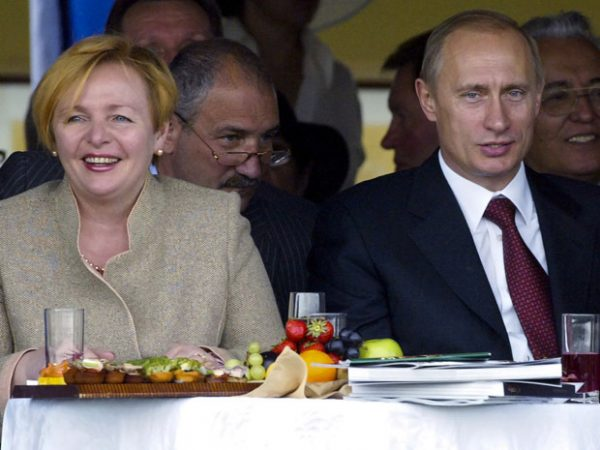 Как Александр Селезнев сделал 100-килограммовый торт для Людмилы Путиной