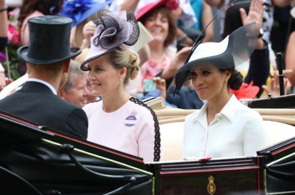 Меган Маркл будет опекать дуэнья из королевской семьи