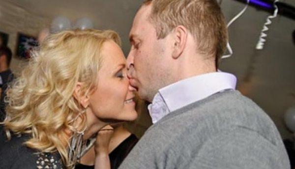 Наталья Рагозина озвучила причину развода с Жориным - она его не била