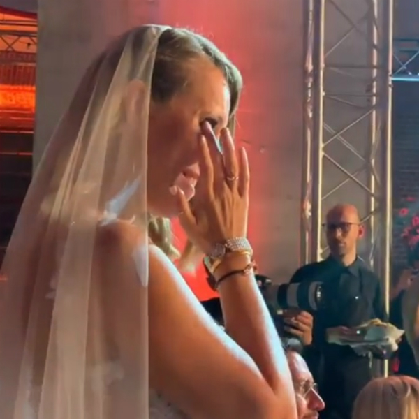 """Собчак в эротическом танце для Богомолова """"Войди в меня"""" (видео)"""