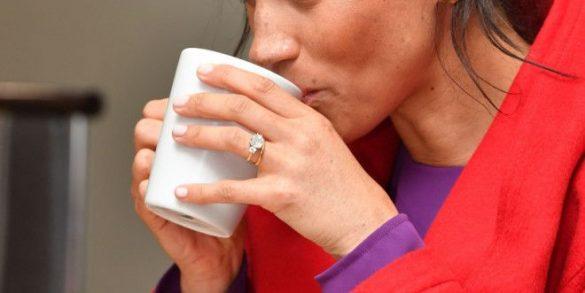 Правильно пить чай Меган Маркл научил владелец чайной комнаты