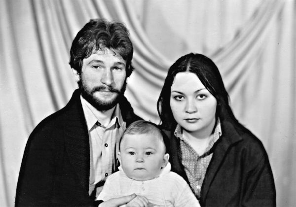 """Азиза назвала Игоря Талькова """"сутенером"""" - семья певца намерена разбираться с ней в суде"""