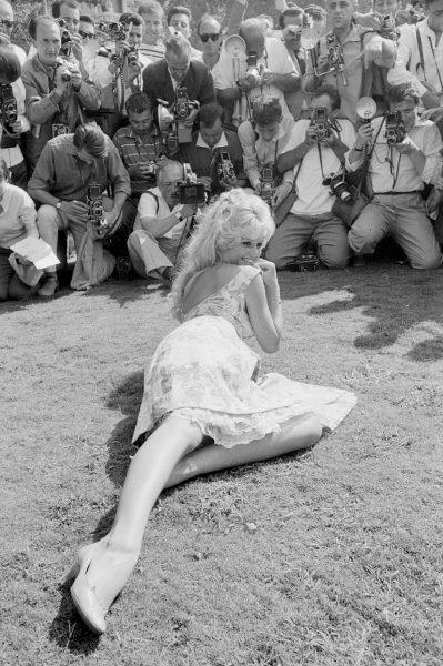 """Сегодня исполняется 85 лет Брижит Бардо: """"Режиссеры наступали ей на босые ноги, чтоб заставить плакать"""""""