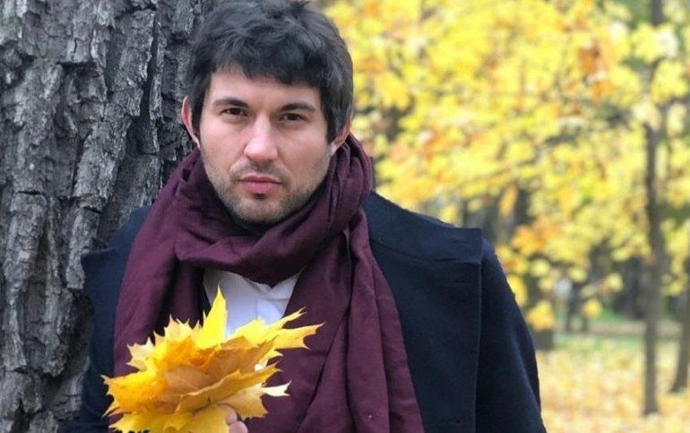 Играли в БДСМ: сын Алибасова объяснил синяки любовницы