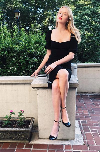 Новая девушка Лиама Хемсворта (фото)