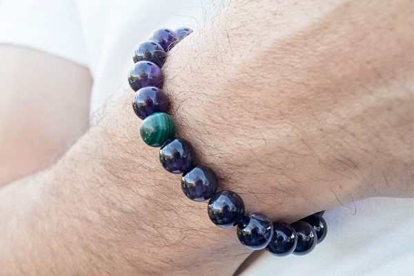 Отличные браслеты для стильных мужчин
