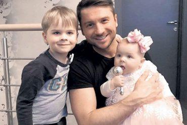 По мнению адвоката нельзя геям, в том числе Сергею Лазареву, воспитывать детей