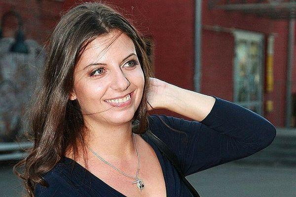 Ксения Собчак обманула Симоньян, затем обвинила ее в непрофессиональном поведении