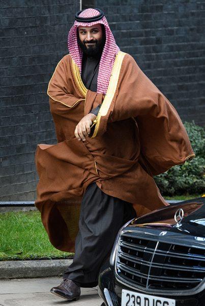 Папа Линдси Лохан прокомментировал связь дочери с саудовским принцем, которого подозревают в убийстве