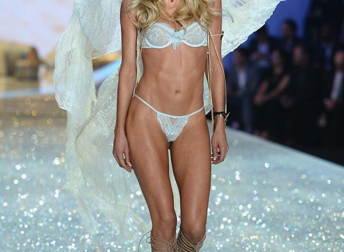 Стало известно о причинах отмены показа шоу Victoria's Secret