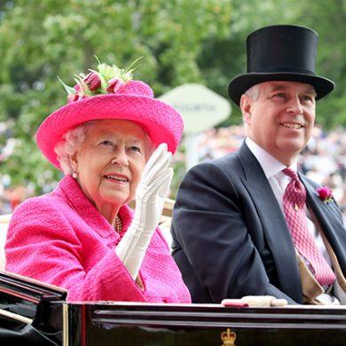 Честь семьи - 93-летней королеве пришлось отправить сына на досрочную пенсию