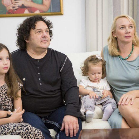 Почему по Саруханову сходят с ума все его жены