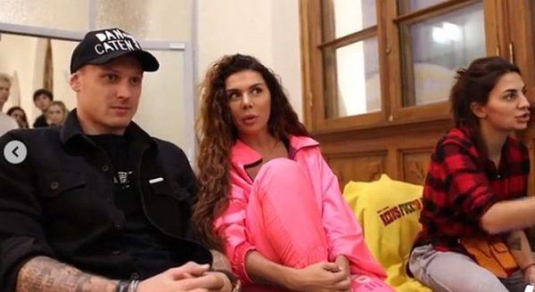 Ольгу Бузову потрясли ласки Седоковой с возлюбленным в машине