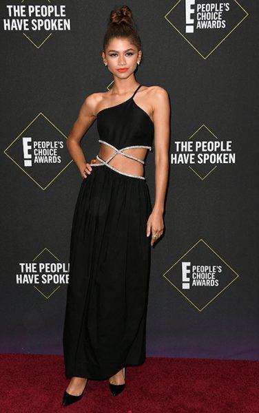 Ким и другие Кардшьян, Зендая, Гвен Стефани и другие любимцы публики на церемонии People's Choice Awards