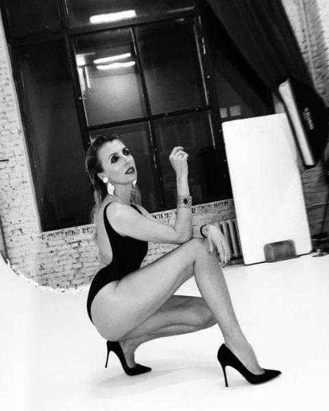Ксения спровоцировала флешмоб - разъяренные дамы за 40 публикуют свои ню снимки