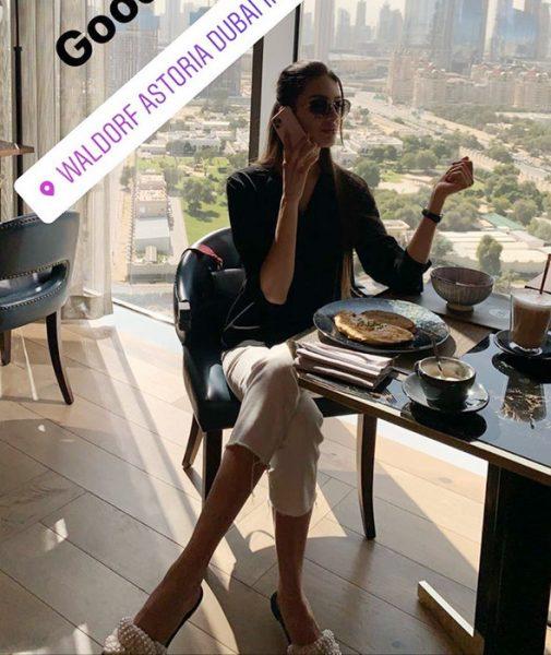 Уставшая от королей Оксана Воеводина на отдыхе в Дубаи (видео)