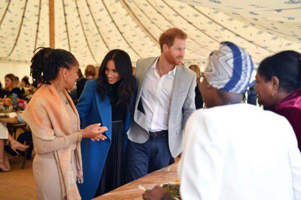 Принца Гарри и Меган Маркл отказались накормить в ванкуверском ресторане