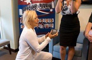 Юлия Лемигова поздравила свою жену Навратилову с 5-ой годовщиной свадьбы