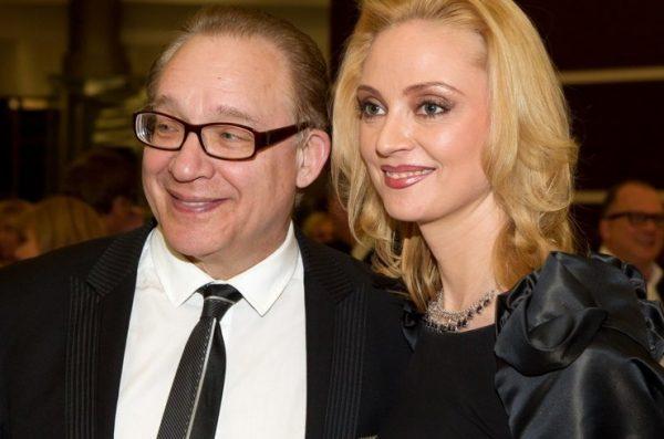 Как же красиво он всегда уходит - 75-летний Дунаевский намерен развестись с 7-ой женой и жениться на новенькой