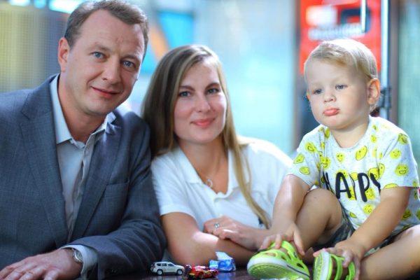 Экс-супруга Башарова опровергла новость о воссоединении