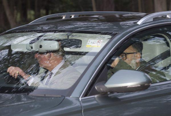 Результаты Сандригема - Меган запретили соединиться по телефону, принц Чарльз отказал в деньгах, королева дала свободу