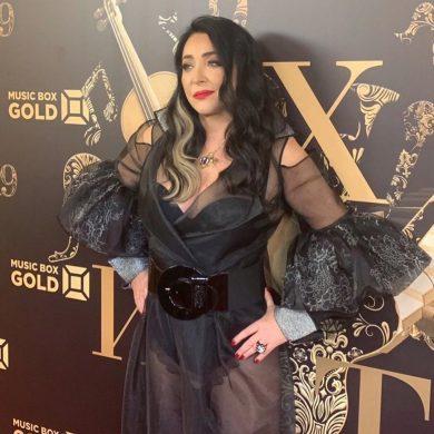 Лолита в пику бывшему мужу показала роскошный номер отеля в Дубаи и рубашку любовника (видео)