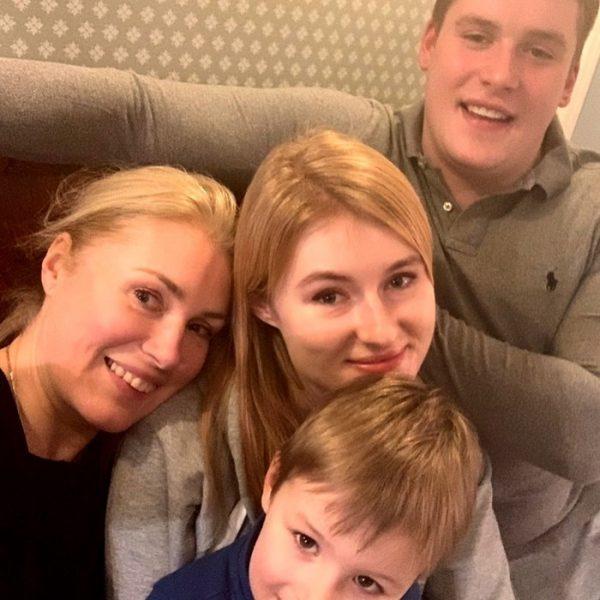 """Внук Марии Шукшиной, наконец, может пожить у них дома - контракт с """"подонком"""" Малаховым завершен"""
